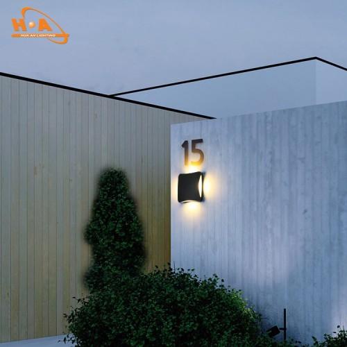12W Wall light (1869)